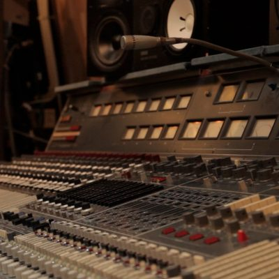 5 things every unsigned artist can change so shouldn't worry too much about