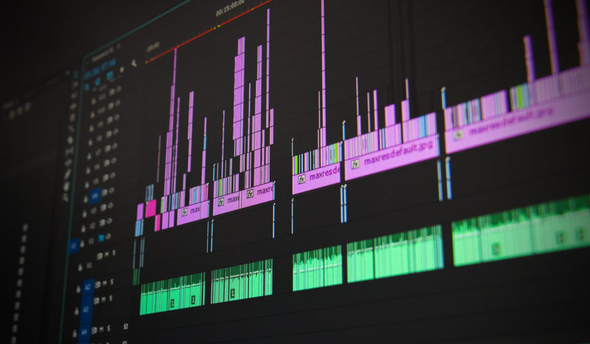 Which DAW Should I Use to Make Music? | Spinnup