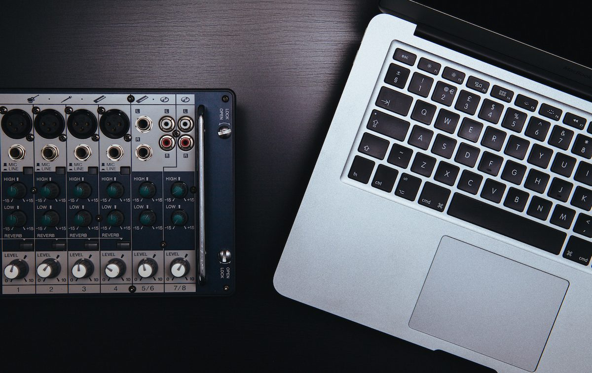 The 12 Best FREE VST Plugins | Spinnup