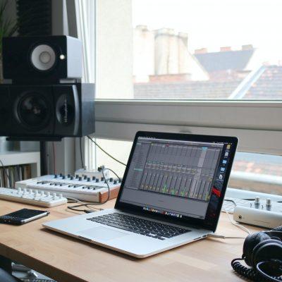 Ableton Live   直感を損なわず、MIDIの可能性を最大限に引き出すDAW