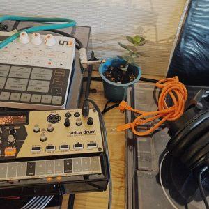 シンセサイザー・ドラムマシン / お手軽ハードウェア導入のススメ